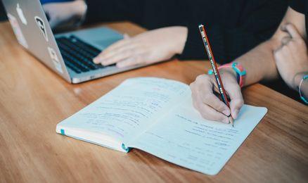 Kastu anglų kalbos testas - kovo 3 d.