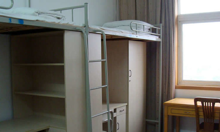 Zhengzhou University dormitory room
