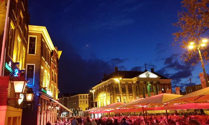 Naktinis Groningenas ir ten studijuojančių lietuvių ekskursija po jį!